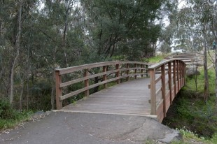 The City of Manningham enjoys wonderful parklands and great tracks for bicycle rides and walking.