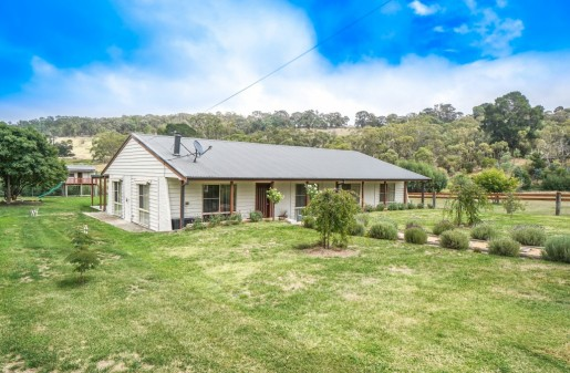 1 Charles Street RYDAL - Sale - First National Real Estate Mid Mountains