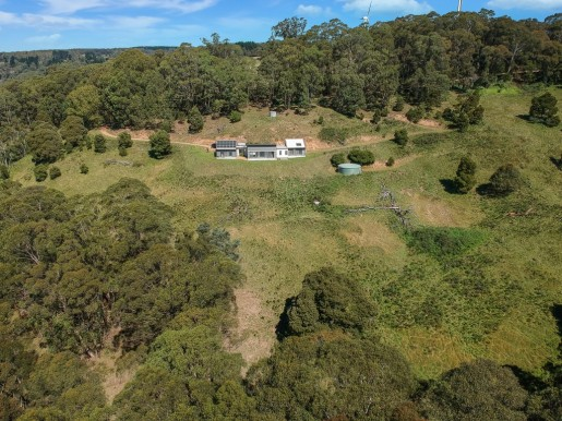 12 Biddys Pinch Road HAMPTON - Sale - First National Real Estate Mid Mountains