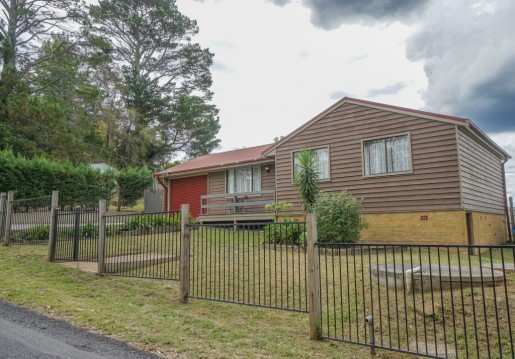 1 Kangaroo Street LAWSON - Rental - First National Real Estate Mid Mountains