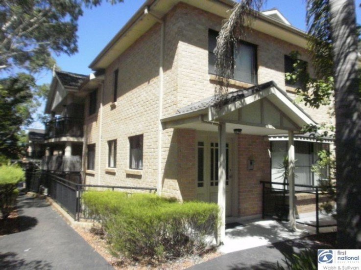 4/23 Showground Road