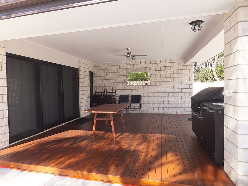woodgate single personals Holiday rental house – woodgate beach – winter offpeak special $550 per week (includes your choice of a $25 voucher for paddleboard or kayak hire – or $25 food/beverage voucher for dining at woodgate beach hotel.