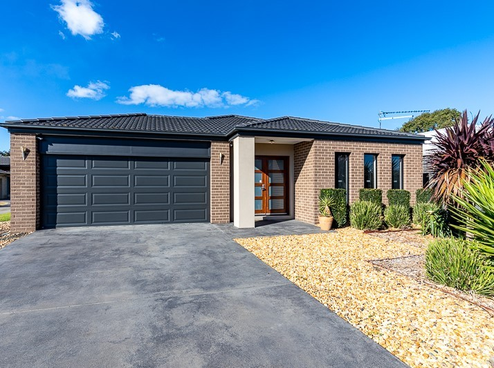 24 Speechley Court SALE