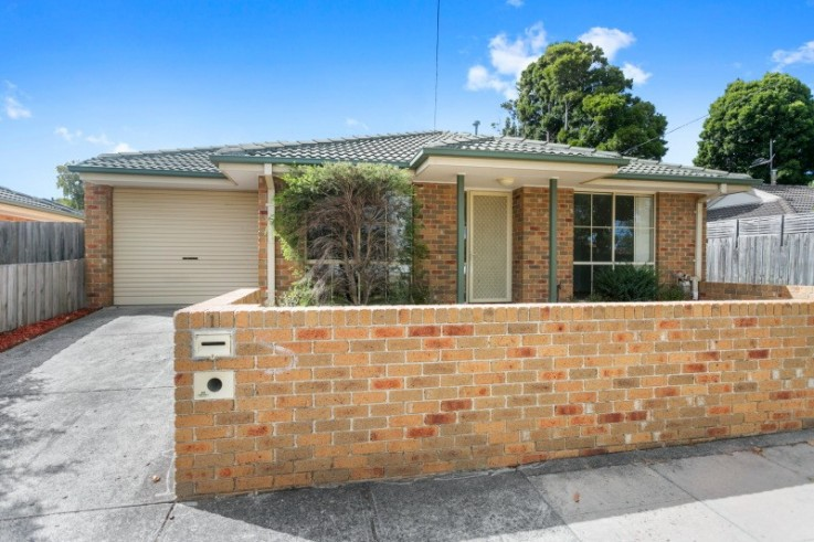 1/6 Campbell Street