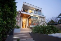 Contemporary Family Stunner in Tranquil St Lucia with Perfect North/East Aspect