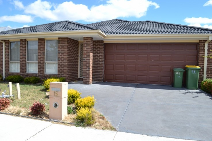 15 Heathcote Grove