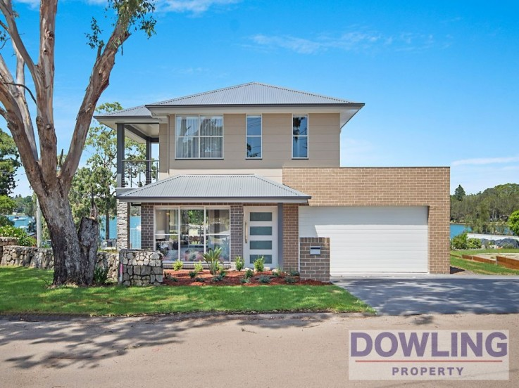 48 Caswell Crescent