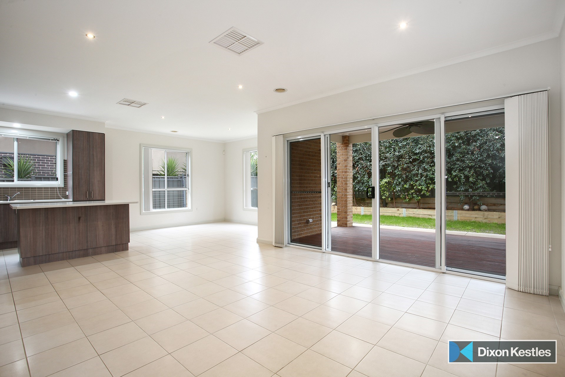17 Herring Loop CAROLINE SPRINGS