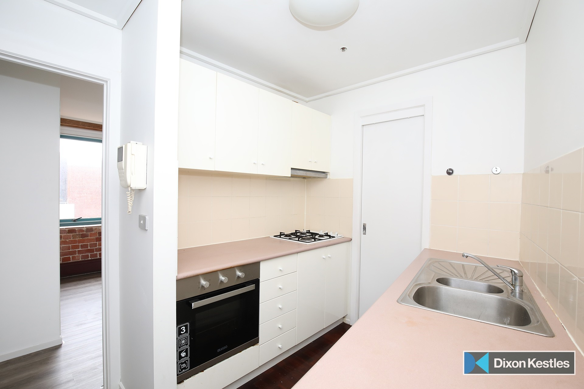 6E/9 Beach Street PORT MELBOURNE