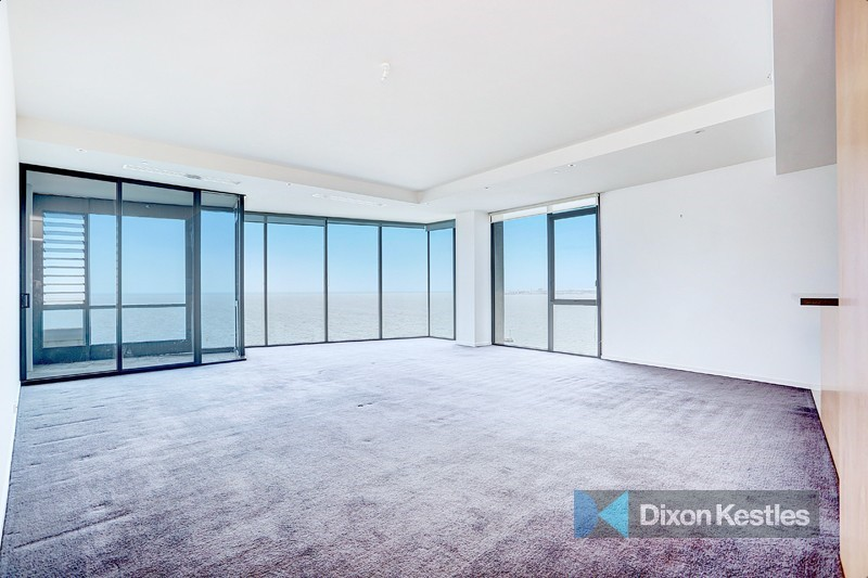 131/85 Rouse Street PORT MELBOURNE