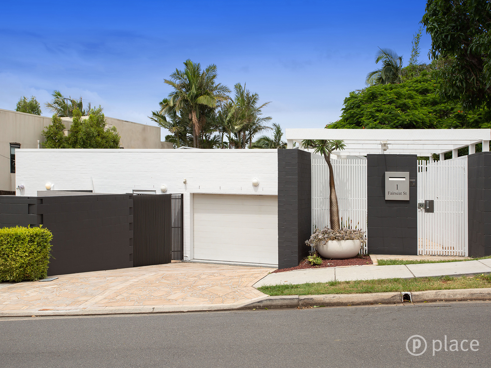 1 Fairseat Street Bardon