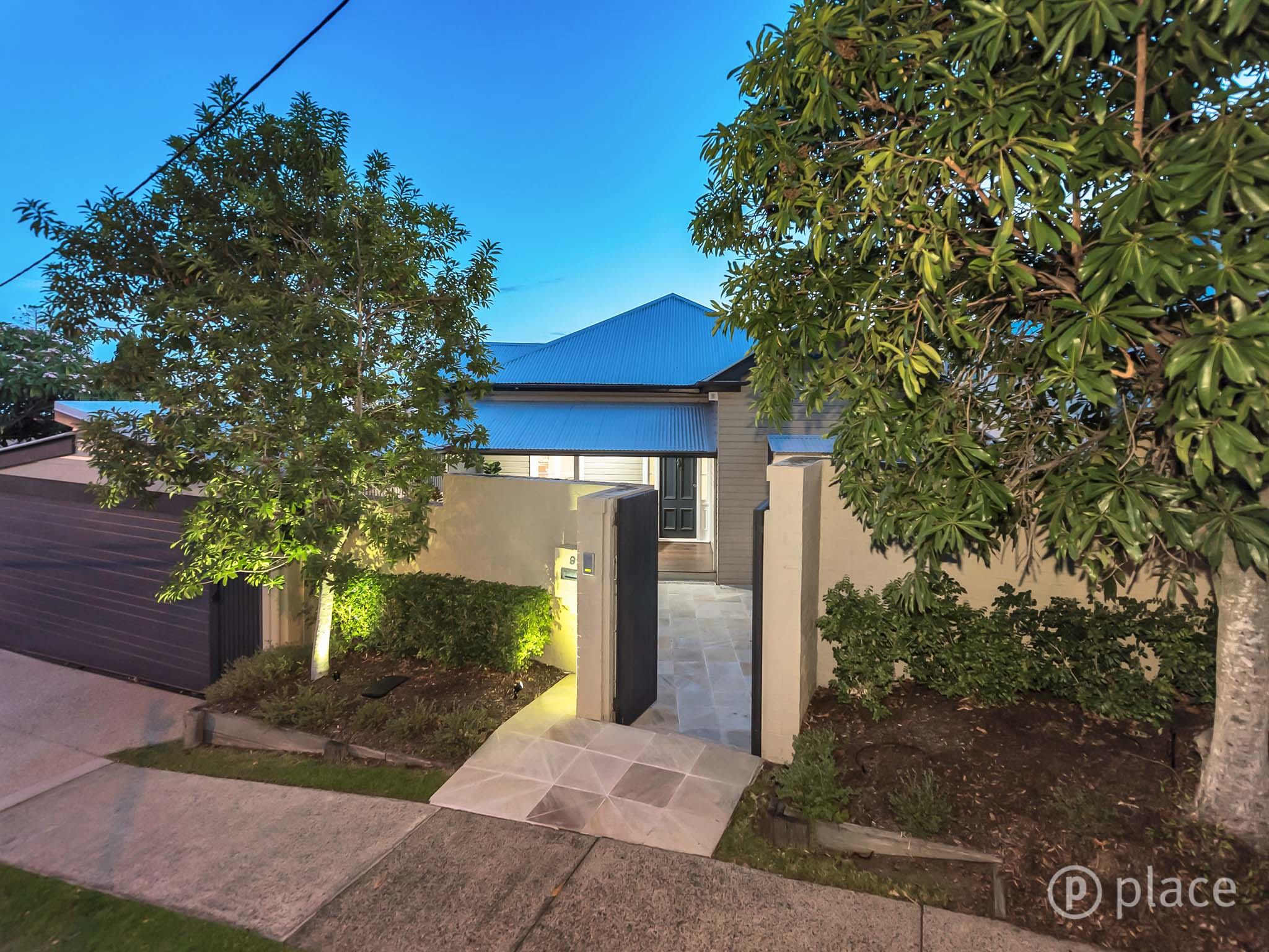 92 Birdwood Tce AUCHENFLOWER