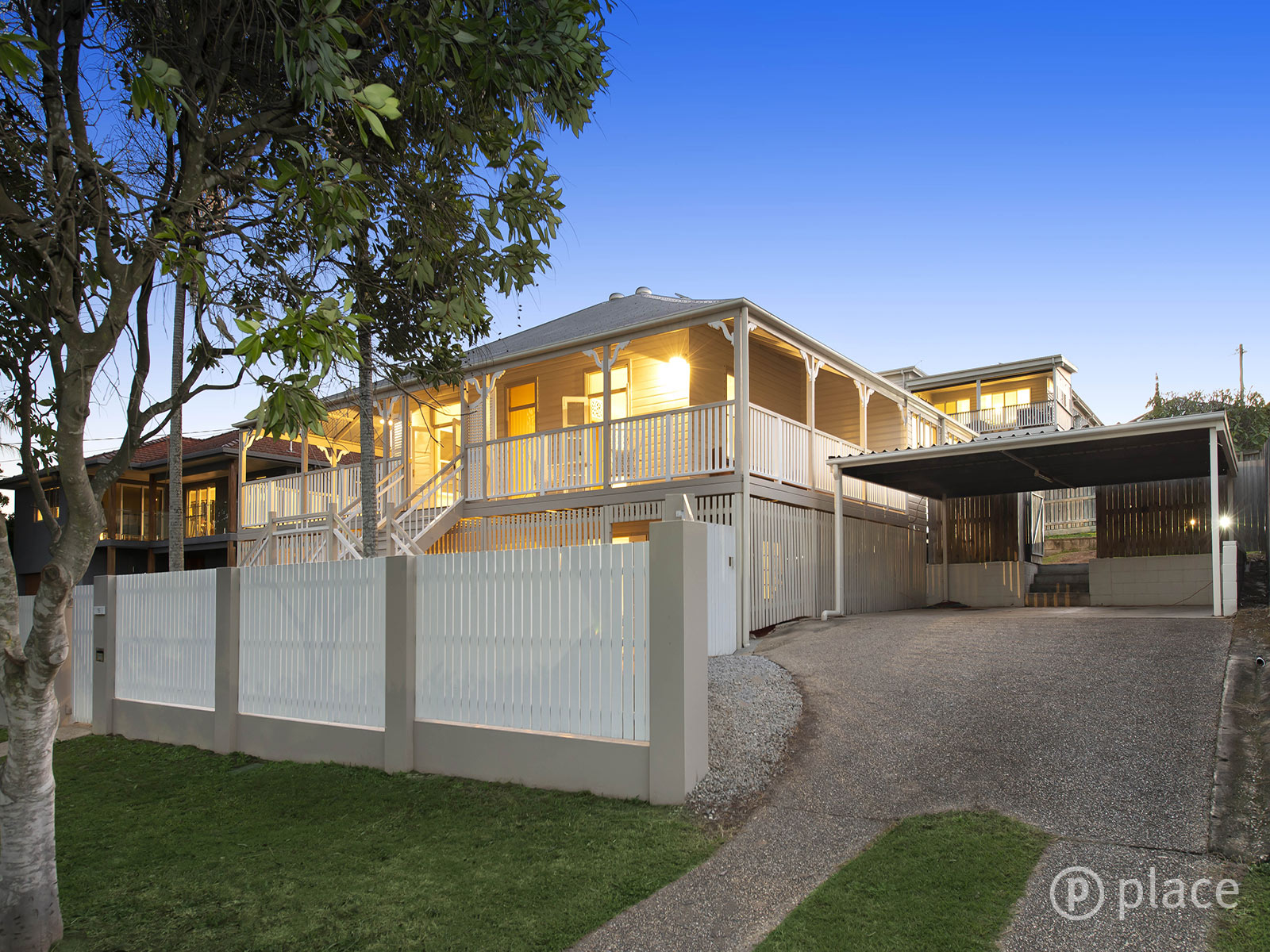 15 Fordham Street WAVELL HEIGHTS
