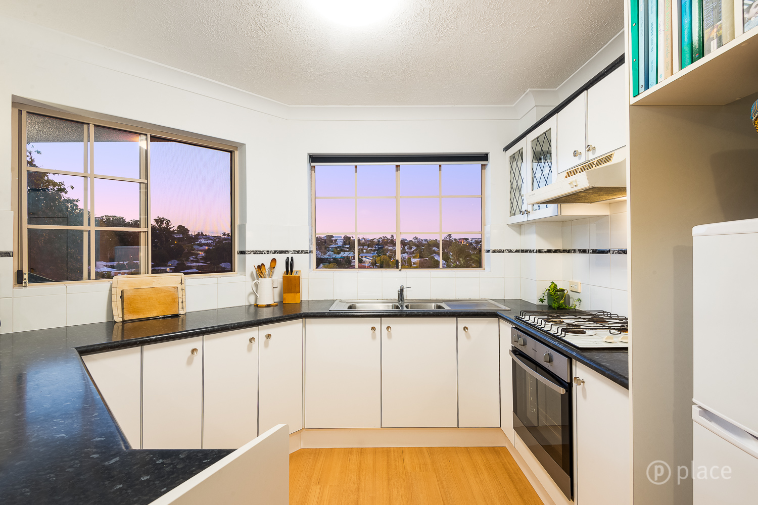 4/215 Baroona Road Paddington