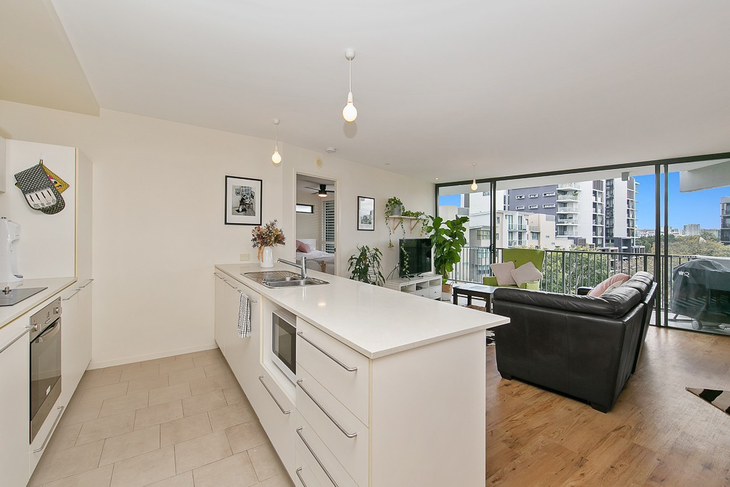 154/8 Musgrave Street WEST END