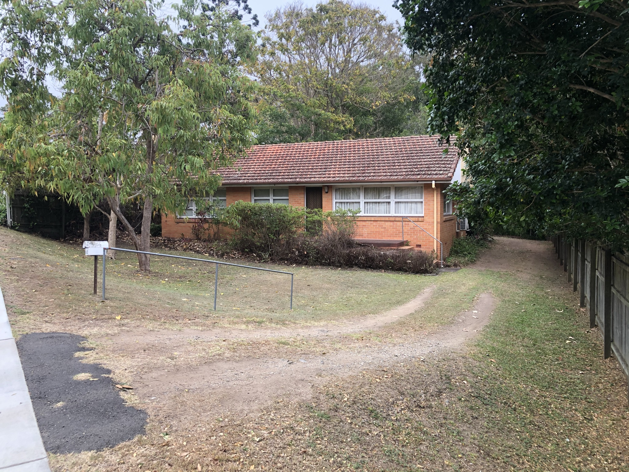 45 Lorward Ave BARDON