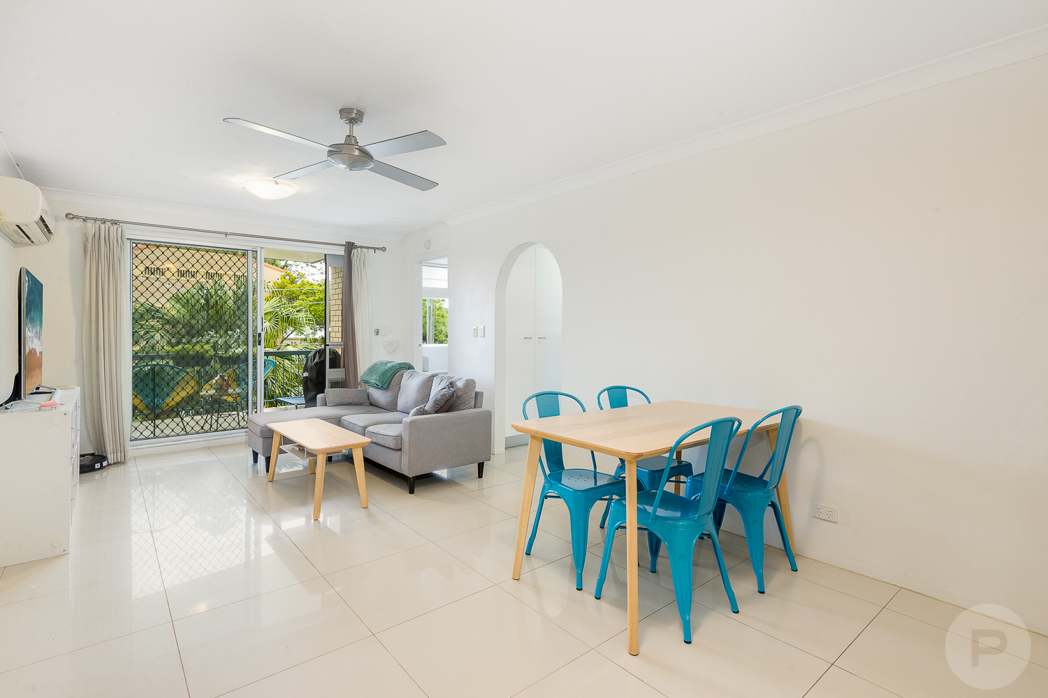 1/117 Clarence Road Indooroopilly