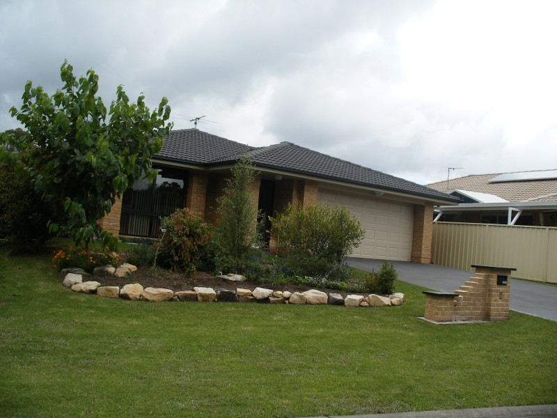 2 Feeney Way RAYMOND TERRACE
