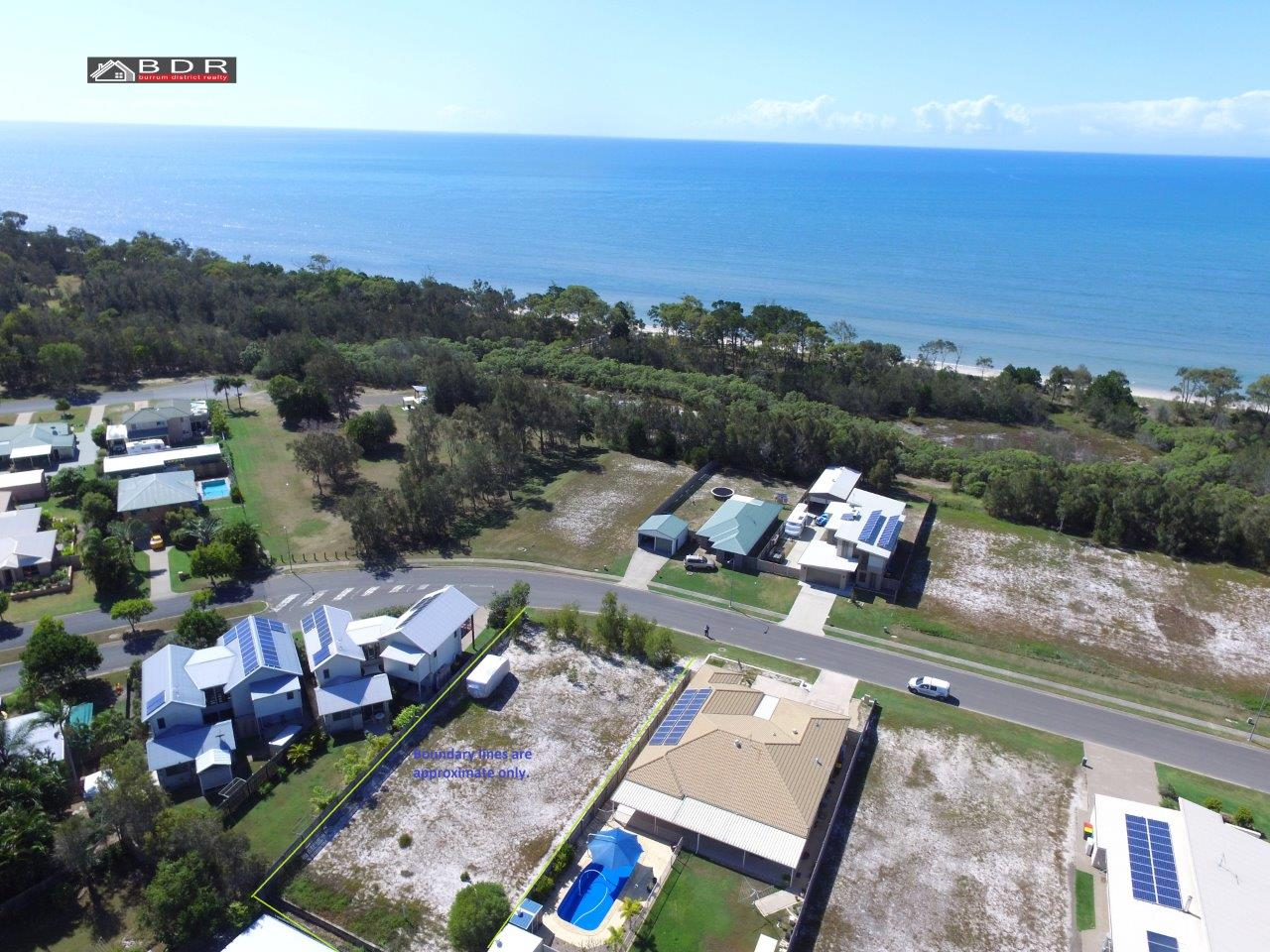 41 Beach Drive BURRUM HEADS