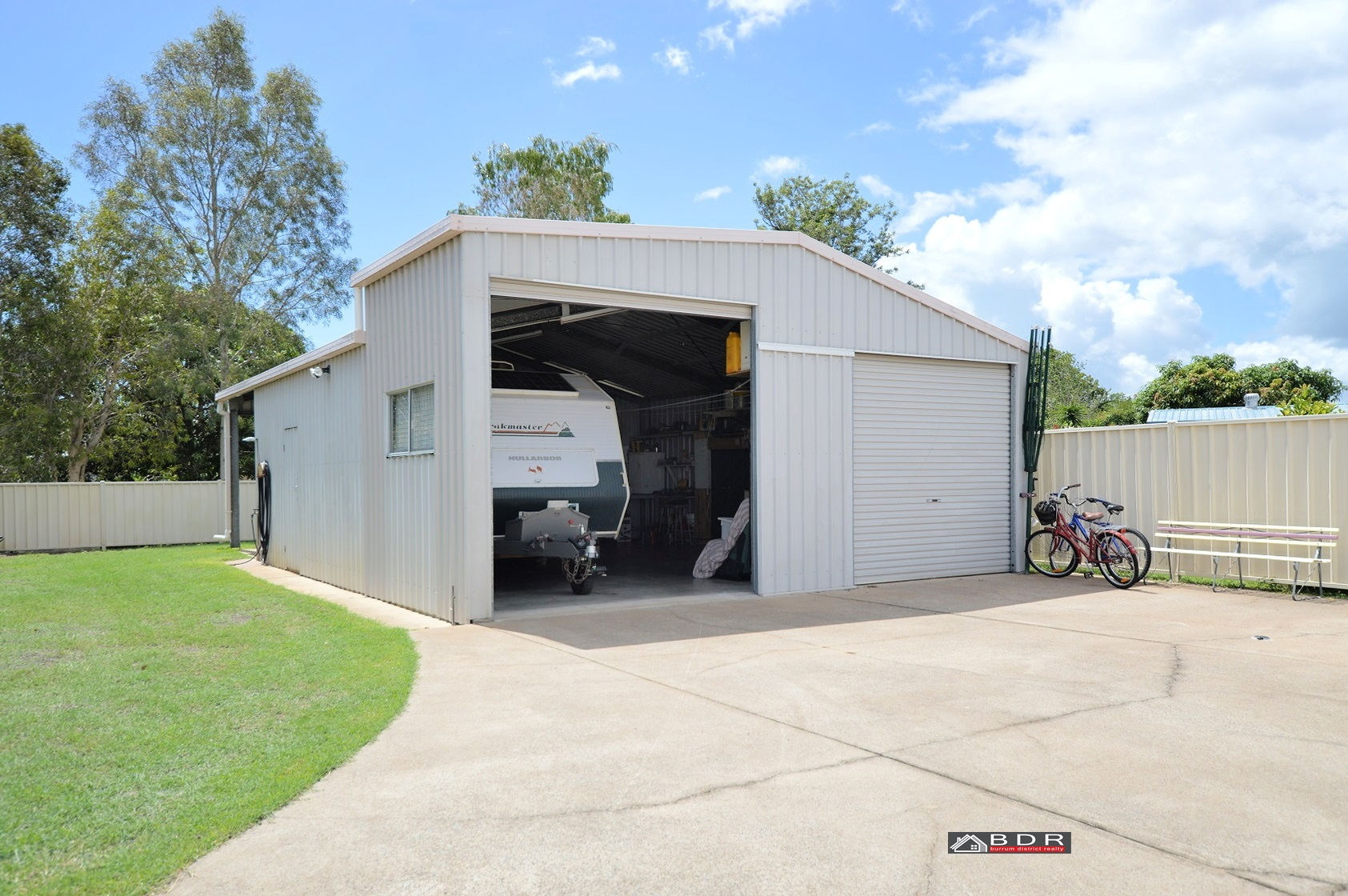 11 Tanami Close BURRUM HEADS