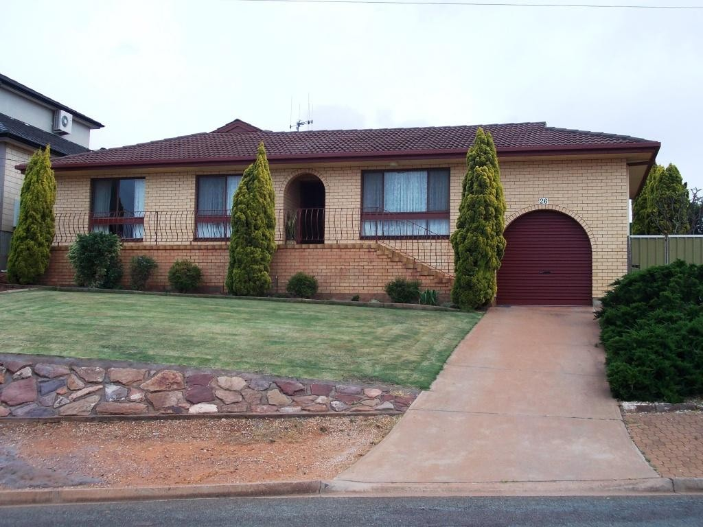 26 WALKER CRESCENT WHYALLA