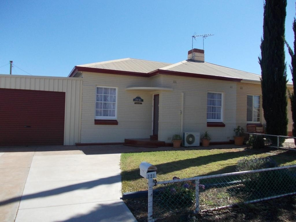 121 RAWS STREET WHYALLA