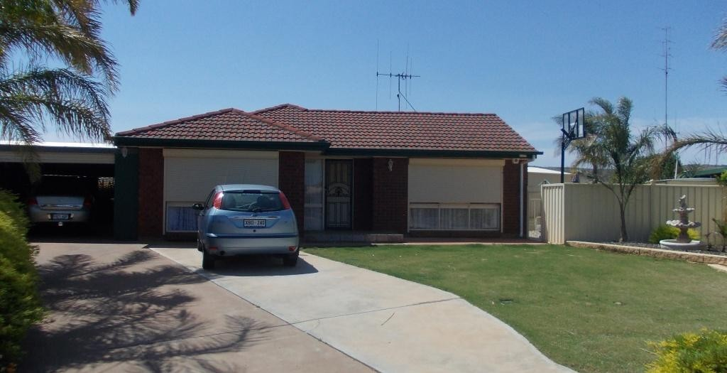 7 MCROSTIE CLOSE WHYALLA STUART