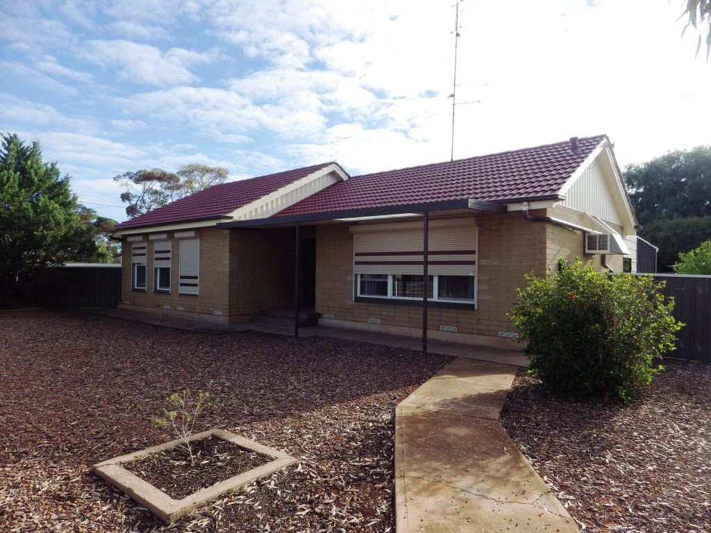 6 RAMSAY STREET WHYALLA STUART