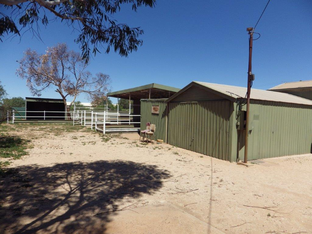31 MULLAQUANA ROAD WHYALLA