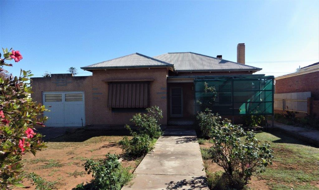 88 WOOD TERRACE WHYALLA