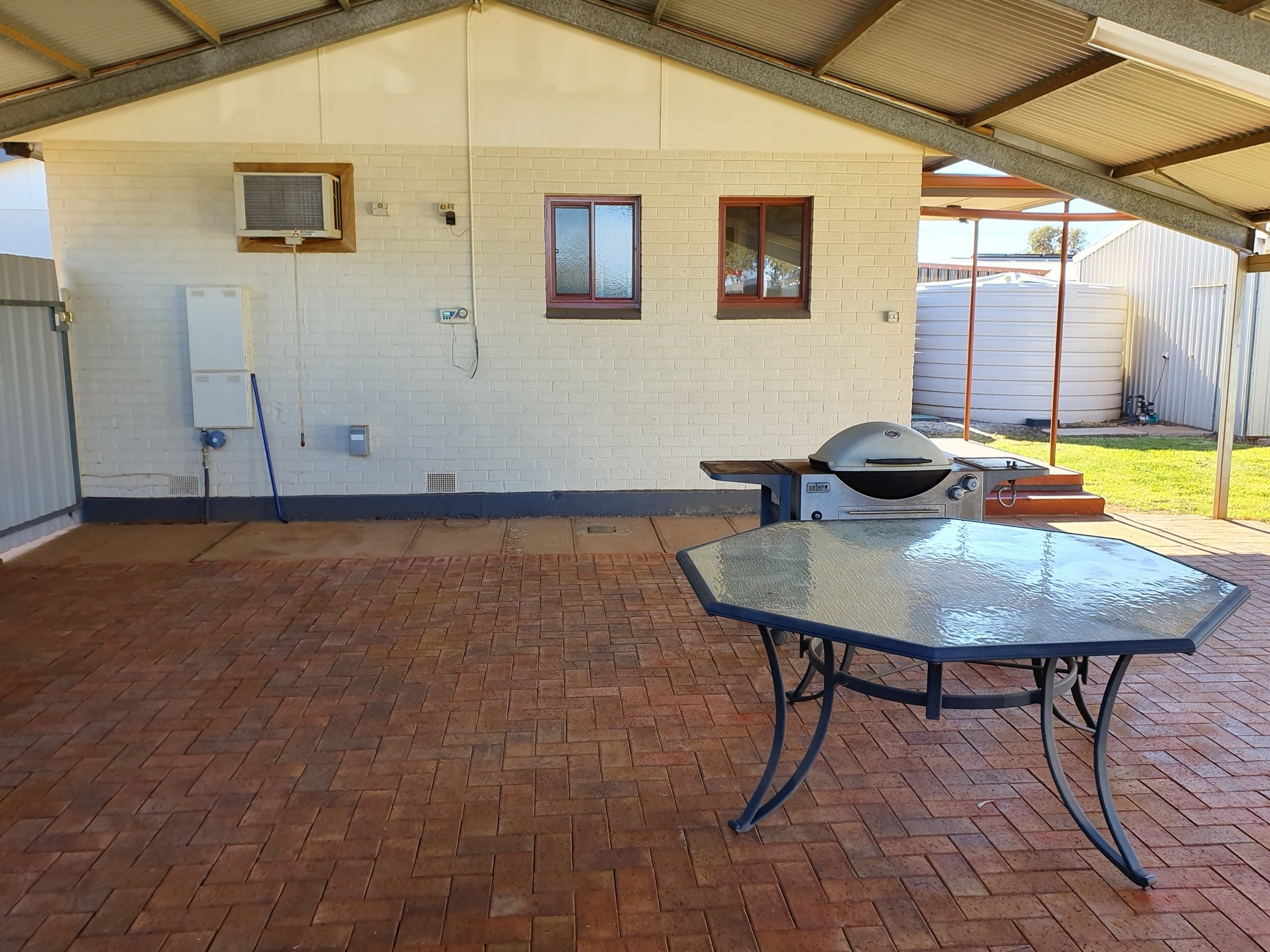 4 MOORES STREET WHYALLA STUART