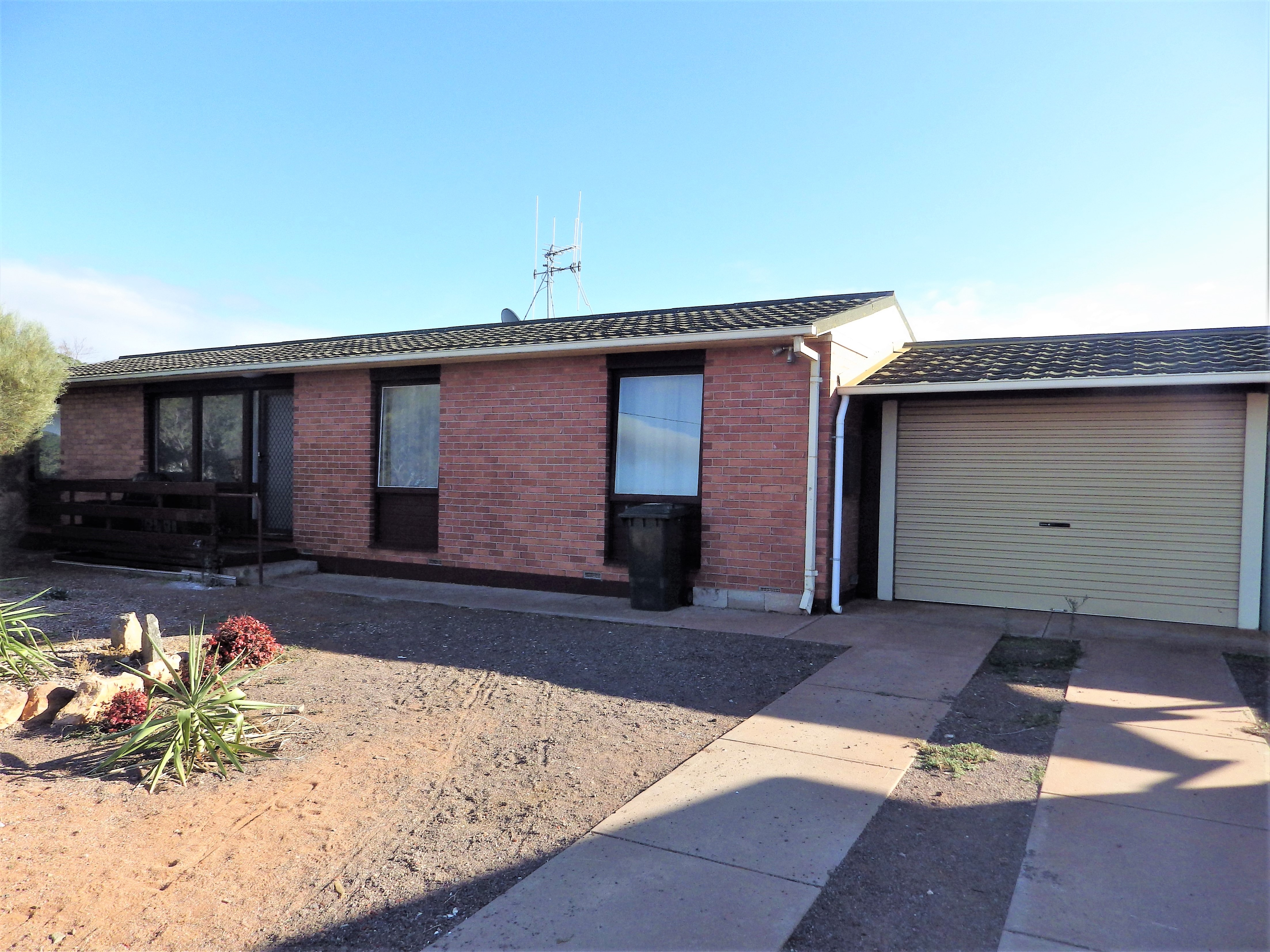 6/6 CHARLES AVENUE WHYALLA NORRIE