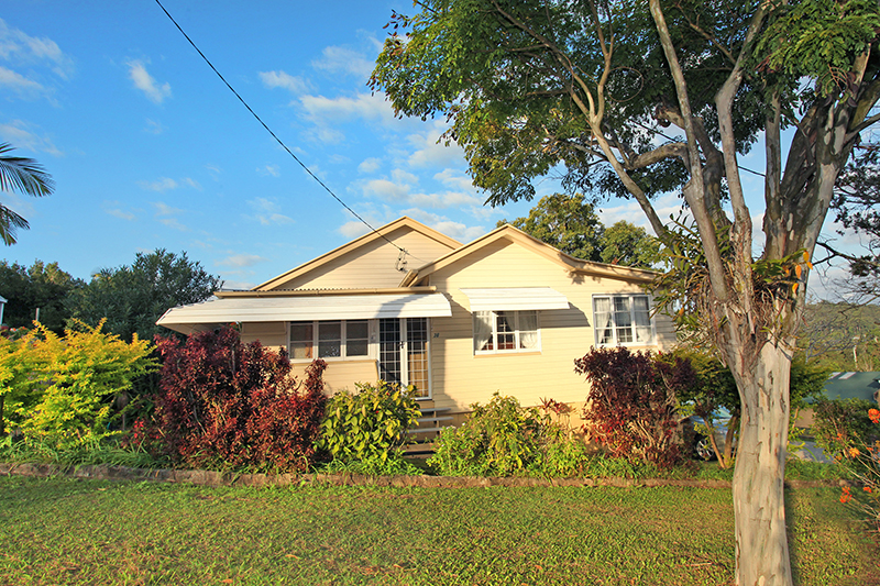 38 Webster Road NAMBOUR