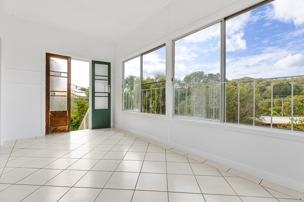 2 Mayfield Street NAMBOUR
