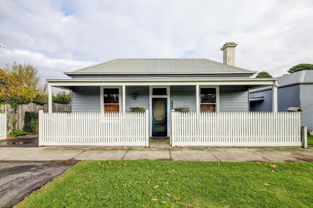 54 Albert Street PORT FAIRY