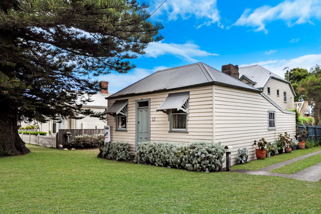 97-99 Gipps Street PORT FAIRY