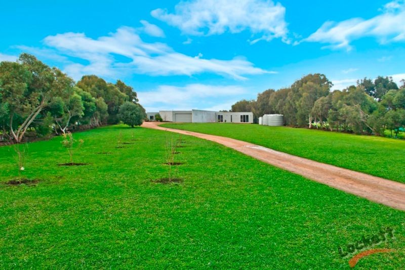 49 Model Lane PORT FAIRY