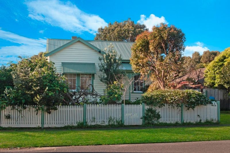 18 Elizabeth Street PORT FAIRY
