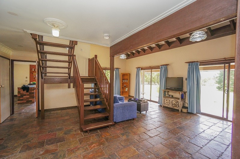 12 Chester Road WENTWORTH FALLS