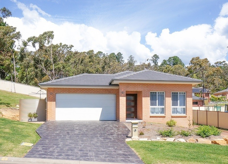 4 Log Bridge Place HAZELBROOK