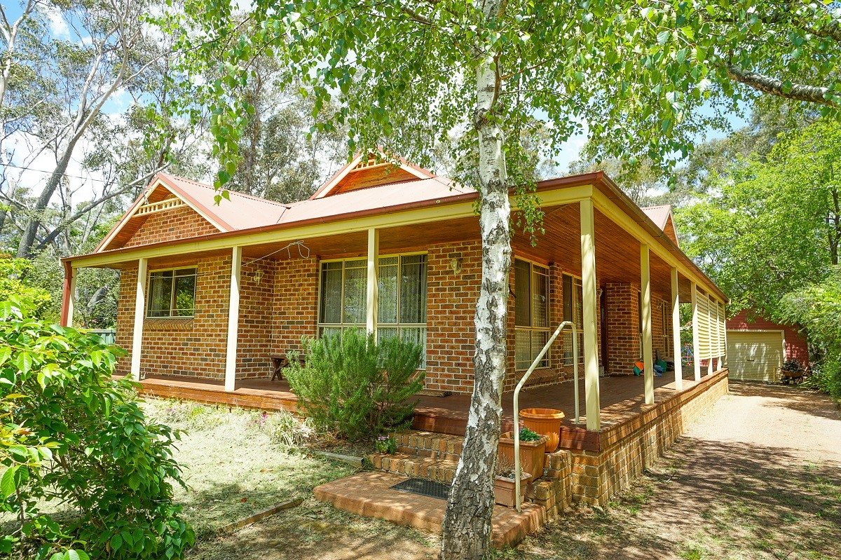 4 View Road WENTWORTH FALLS