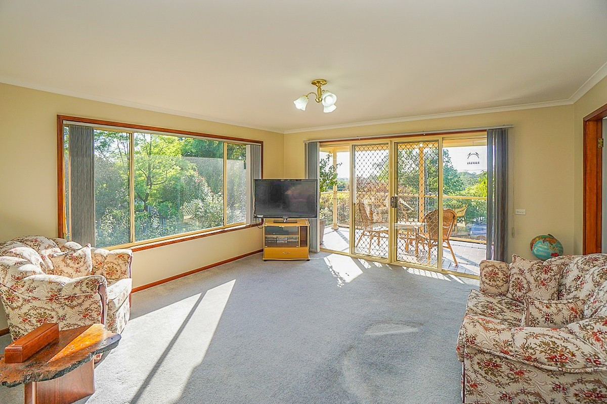16 Albert Road HAZELBROOK