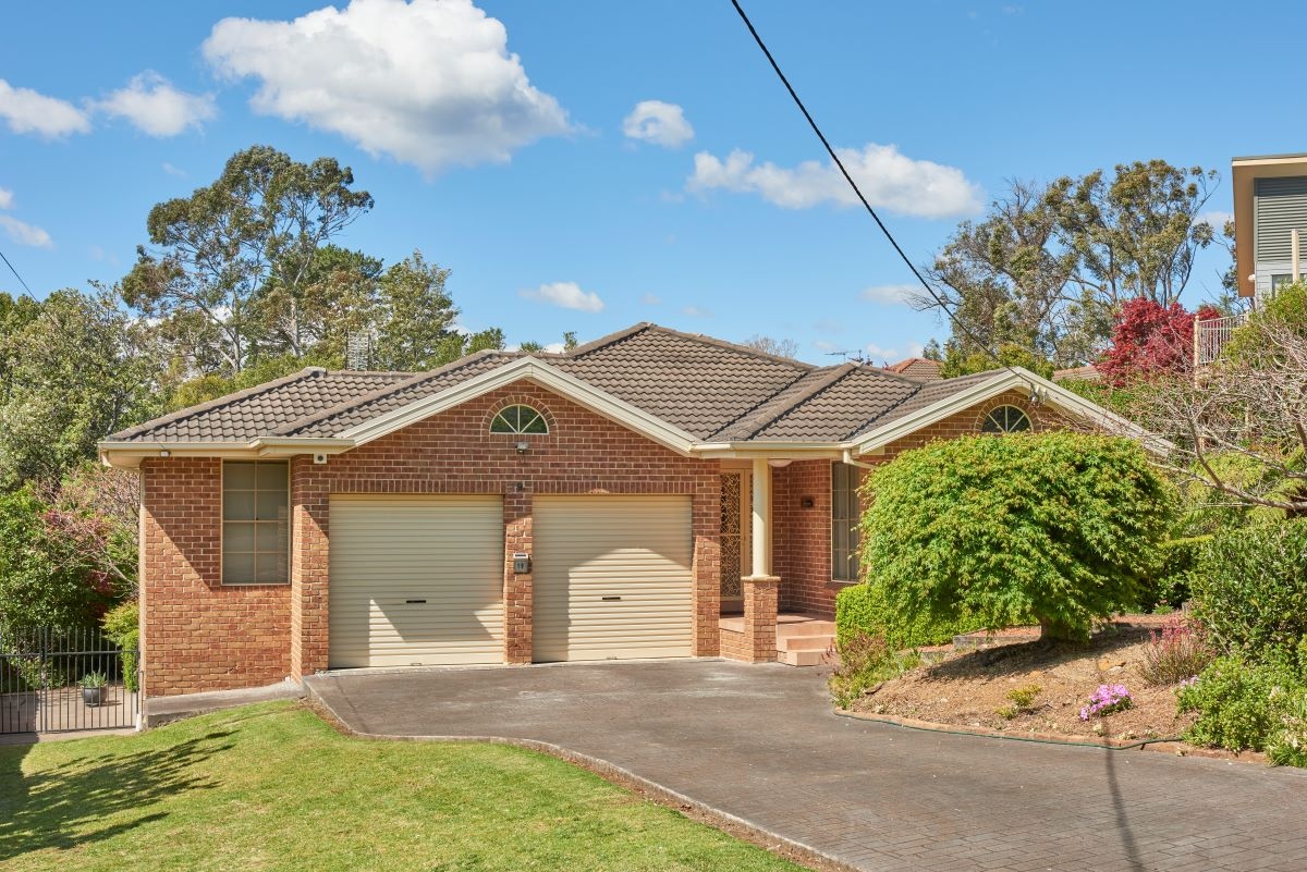 19 Sutton Street WOODFORD