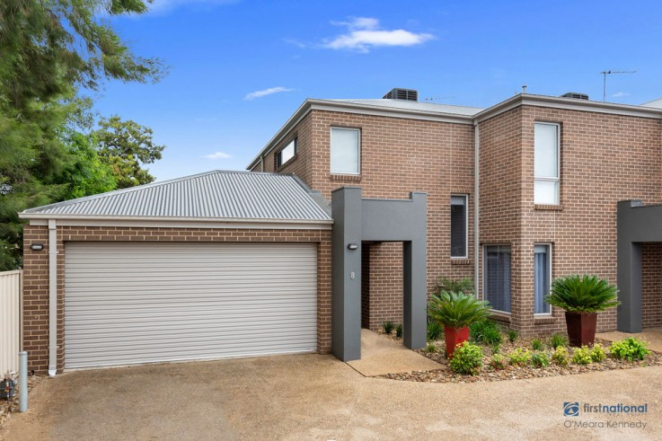 8 Red Gum Place