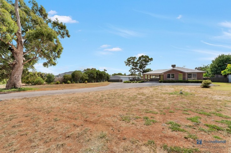 6 Hillview Drive