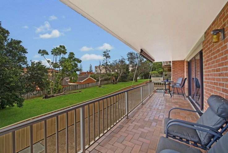 1/2 Oxley Crescent