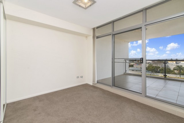 21/2-6 Warrigal St THE ENTRANCE