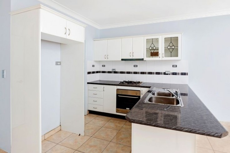 2/10 Torrens Ave