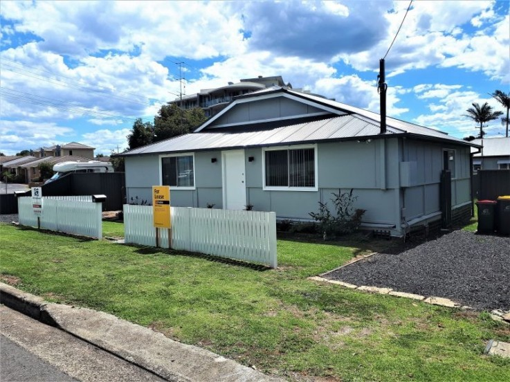 33 Torrens Ave