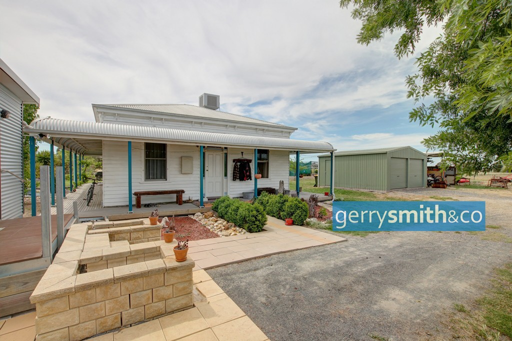 130 Peppertree Lane HORSHAM